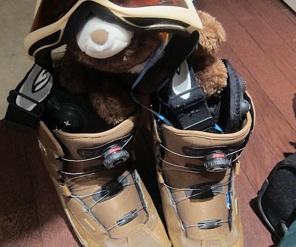 Punkie goes snowboarding